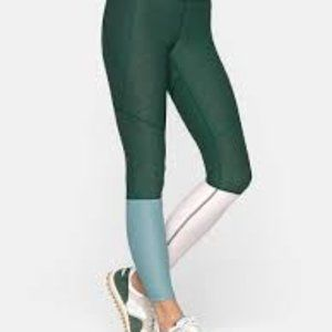 Outdoor Voices 7/8 Dipped Warmup Leggings